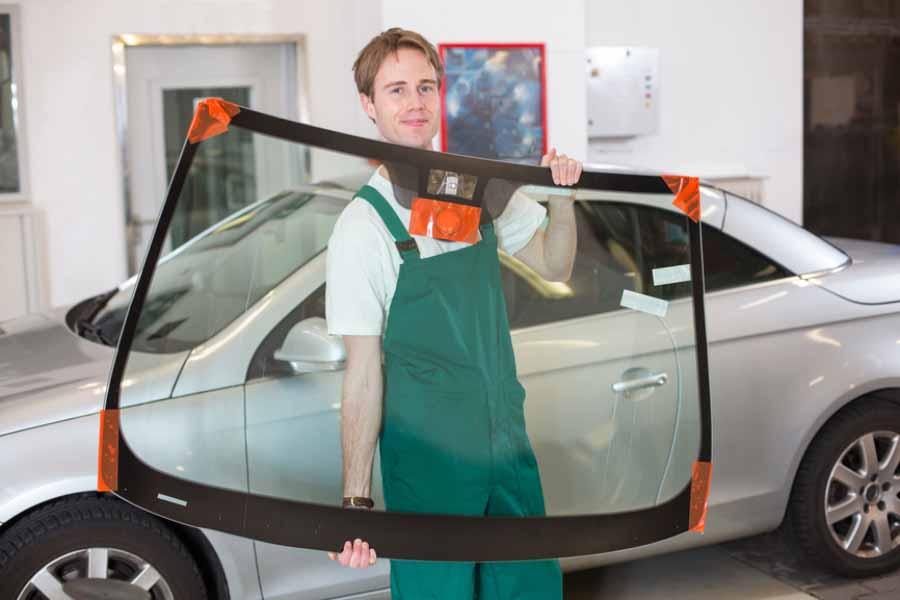 نصب انواع شیشه اتومبیل